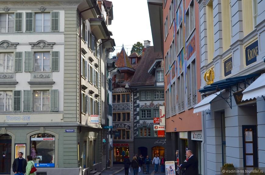 Улицы ну очень уютные! Как и во всей Швейцарии
