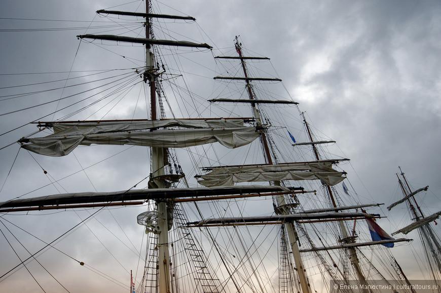 Подготовка к Параду Кораблей