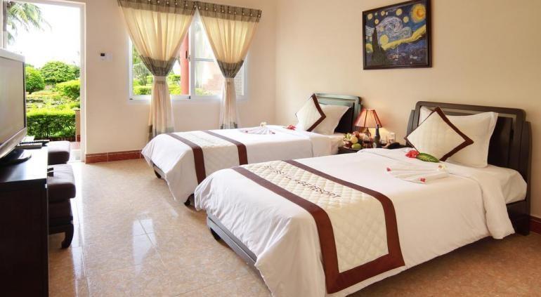 Sunny Beach Resort & Spa