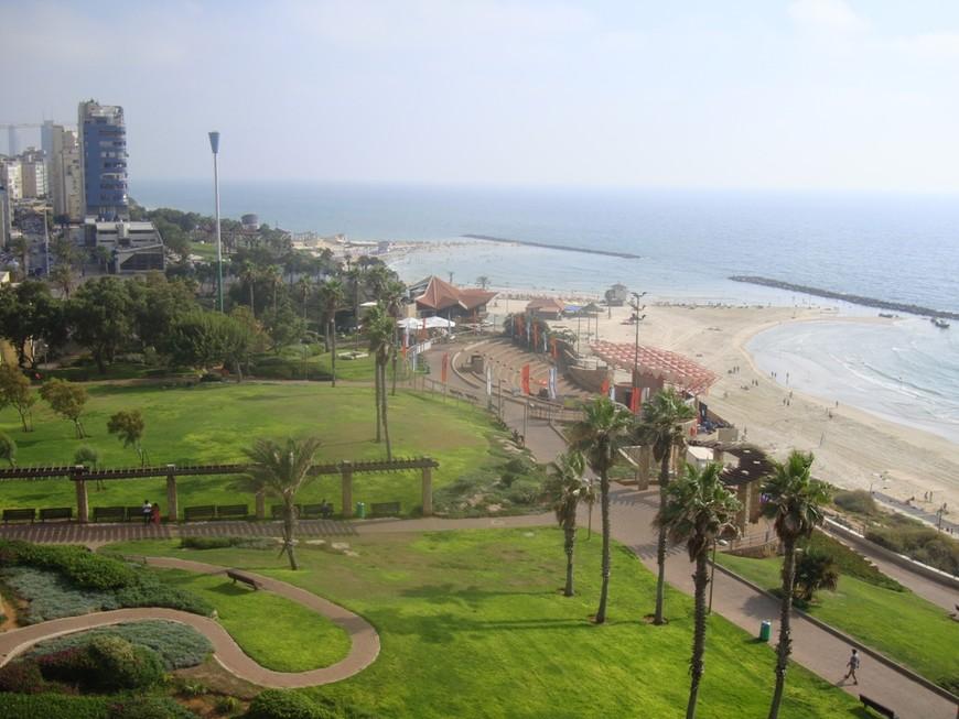 Панорама на набережную. Вид из отеля Park.