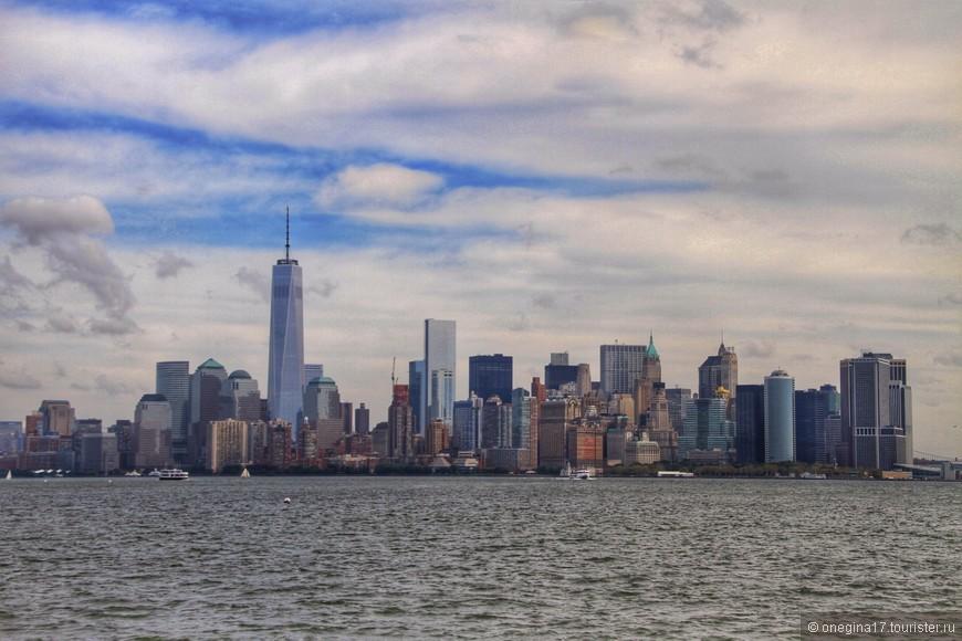 Один из самых лучших видов на Манхэттен. Не получилось увидеть все это в ночи, но и днем весьма внушительно.