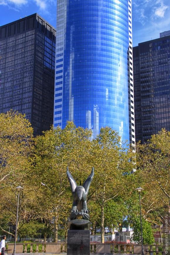 По количеству памятников Бэттери-парк лидирует среди других парков.