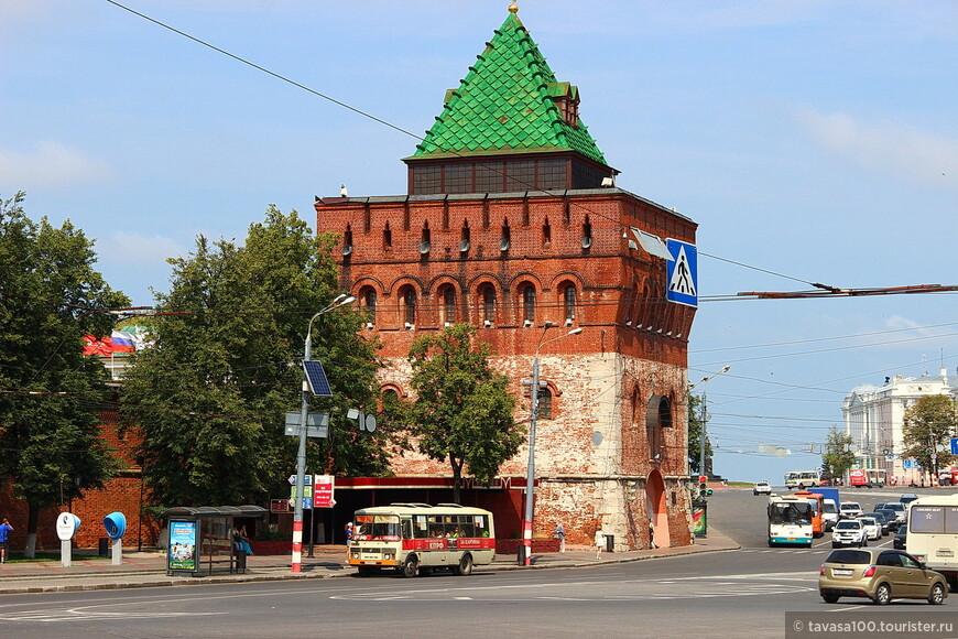 Площадь Минина и Пожарского, Нижегородский кремль.