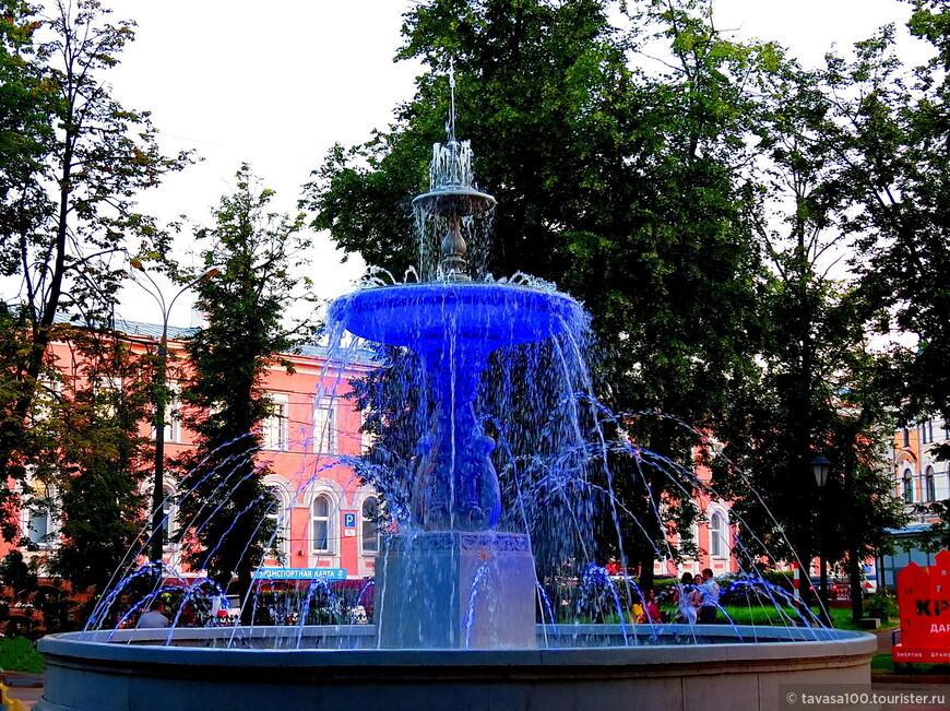 Фонтан на площади Минина и Пожарского – фонтан, открывшийся в 1847 году.