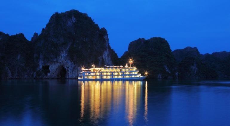 Ha Long Palace Hotel