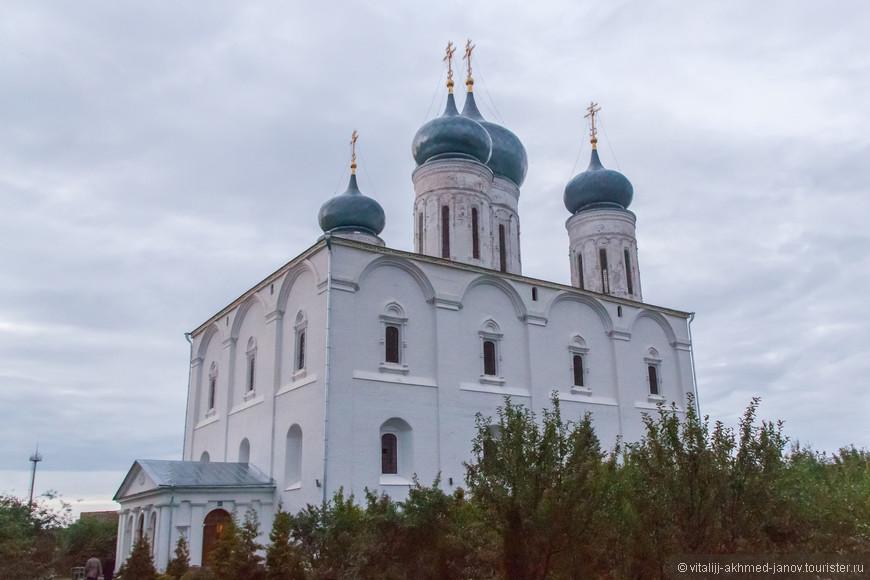 С 1991 года здания монастыря переданы Нижегородской Епархии. В этом же году по решению Священного Синода был снова открыт Макарьевский Желтоводский женский монастырь. В обители проживало около 25 монахинь.