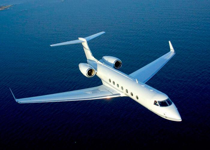 10 способов сэкономить на аренде самолета