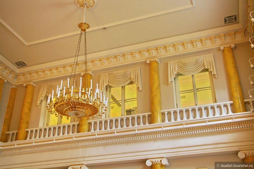 Роскошное оформление Парадного зала