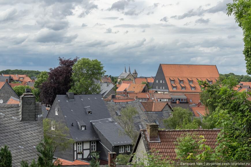 Вид на город с высоты пфальца