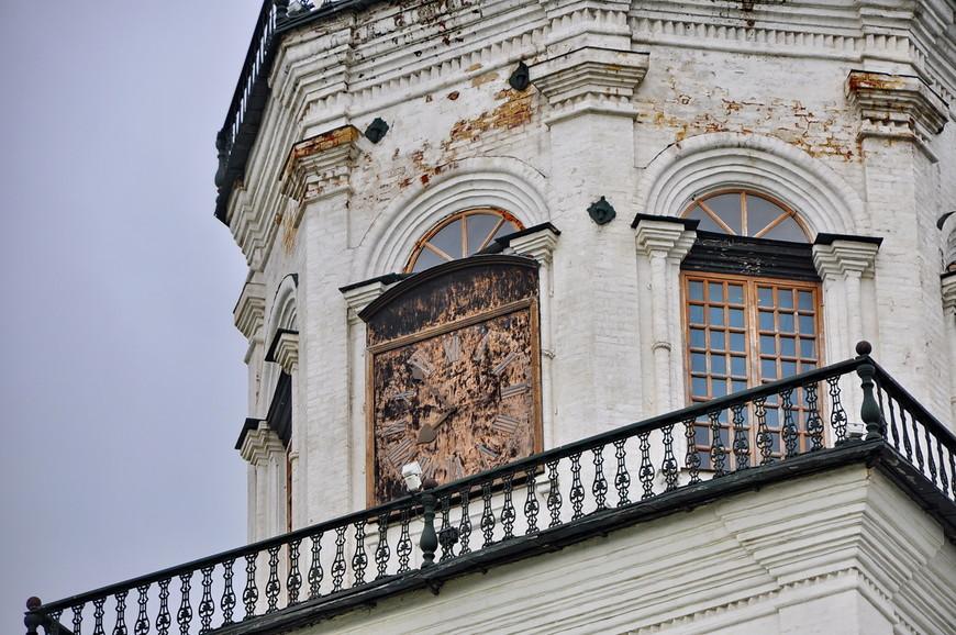 24. В 1730 году английский часовщик Ричард Фелпс изготовил куранты с музыкальным боем.