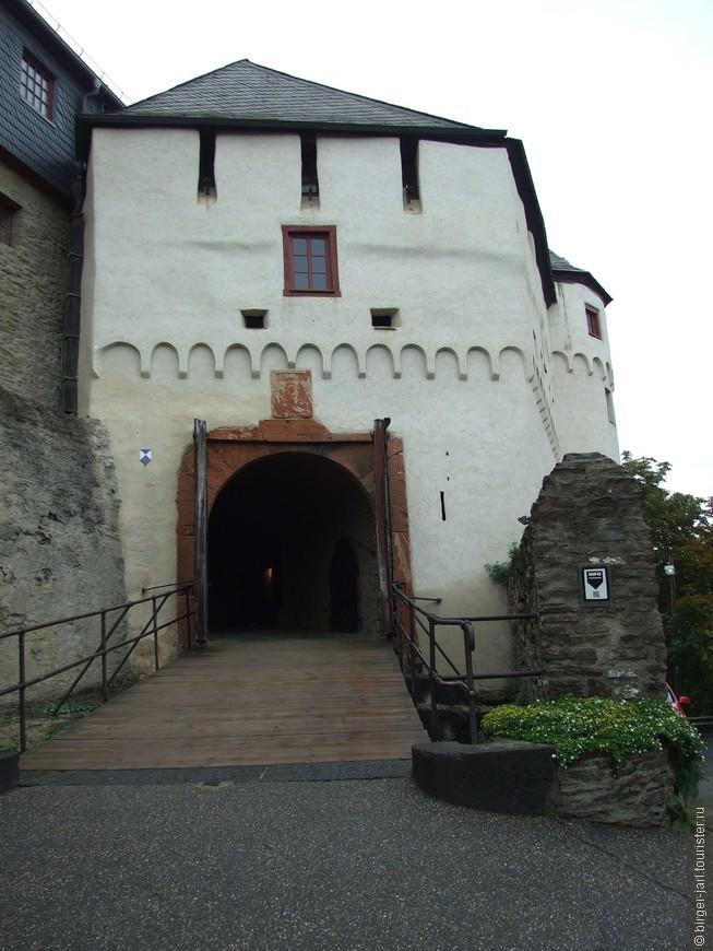 Замок Маркбург.