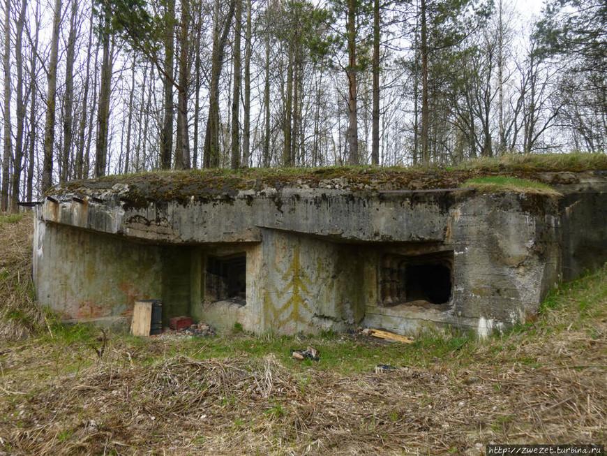 Артиллерийский полукапонир (АПК) на Охтинском участке Карельского укрепрайона