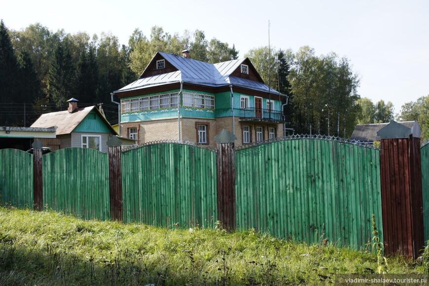 Деревня Михальки. Усадьба певицы Людмилы Зыкиной.