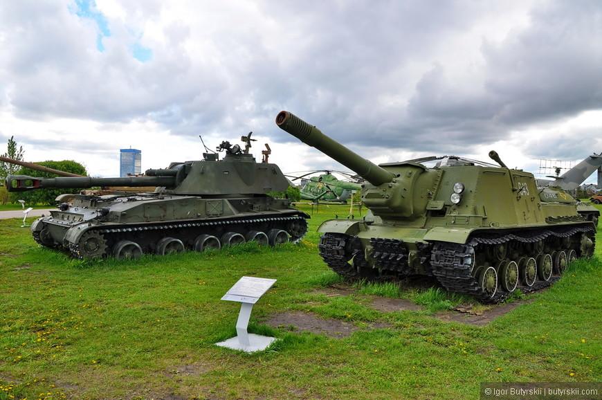 Тяжелая самоходно-артиллерийская установка ИСУ-152