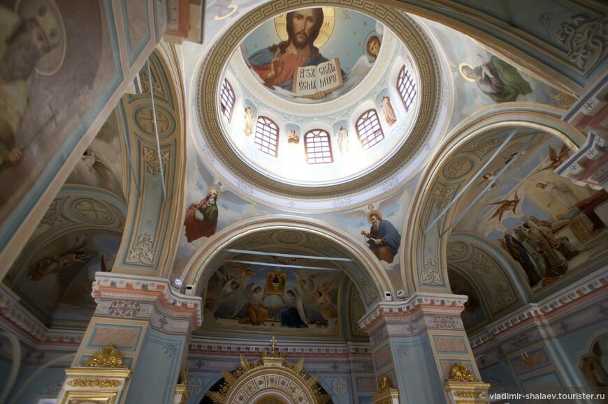 Купол Троицкого собора.
