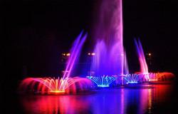 В Грозном запустили самый большой в мире светомузыкальный фонтан