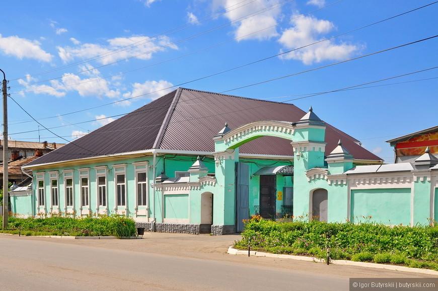 01. Конечно, самое красивое в таких городах – это их исторический центр. В Шадринске он есть, и довольно большой.