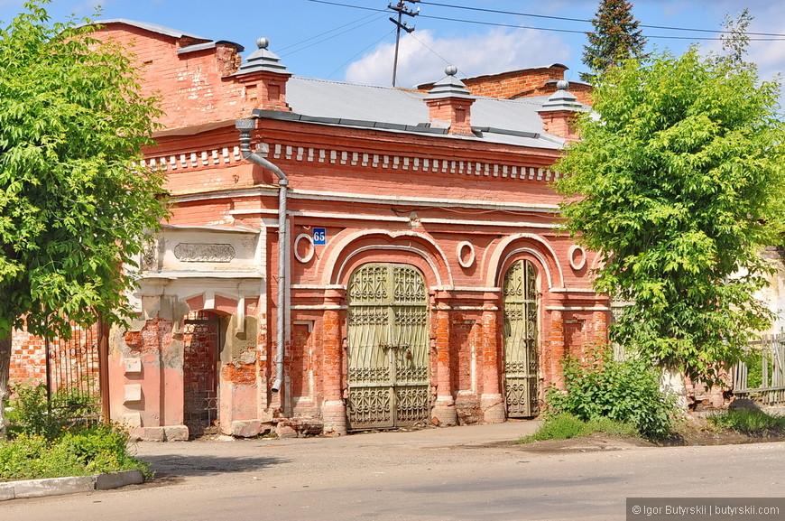 04. Когда-то Шадринск был самой большой слободой во всей Западной Сибири. Сейчас же это почти никому не известный небольшой городок где-то на Урале.