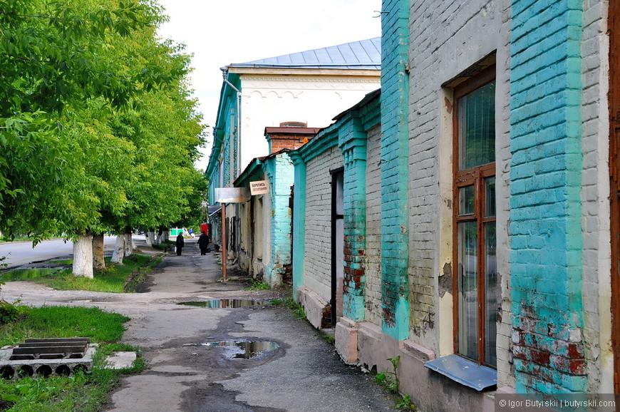 10. Улочки в старом центре намекают, что вы до сих пор находитесь в старинной слободе.