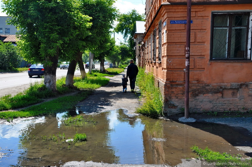 23. Шадринск не дает забыть в какой стране находишься. Опытный турист увидит, как минимум три разных метода как сухим пройти этот квест.