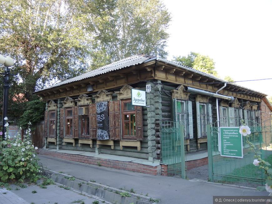 Старый дом на Тарской улице