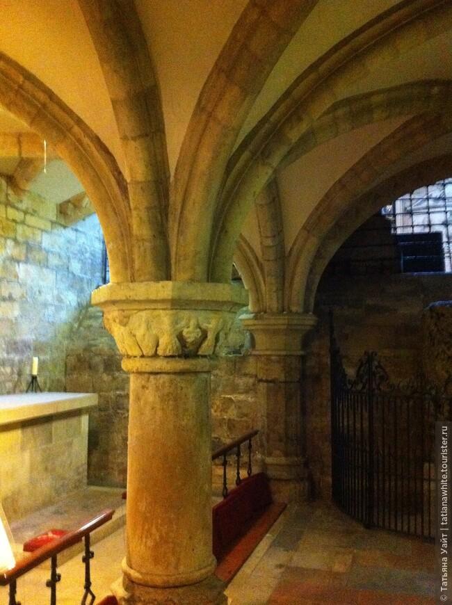 В годы гонений крипта была тайной церковной обителью священников