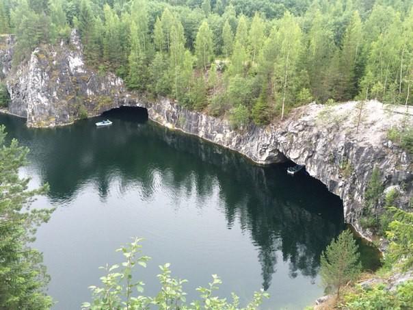 Го́рный парк «Рускеа́ла» — туристический комплекс, расположенный в Сортавальском районе Республики Карелия рядом с посёлком Рускеала. Основным объектом комплекса является заполненный грунтовыми водами бывший мраморный карьер.