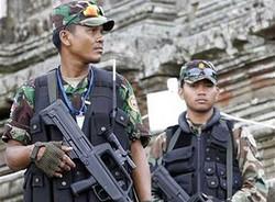 На границе Таиланда и Камбоджи продолжается вооруженный конфликт