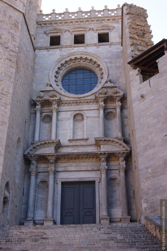 Кафедральный собор Жироны. Готический и величественный.