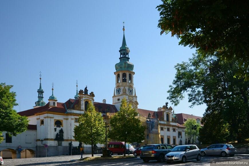 Лорета, или Лоретанский монастырь.