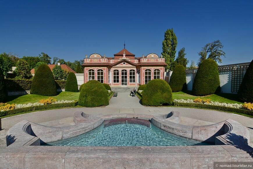 Чернинский сад, павильон Каньки