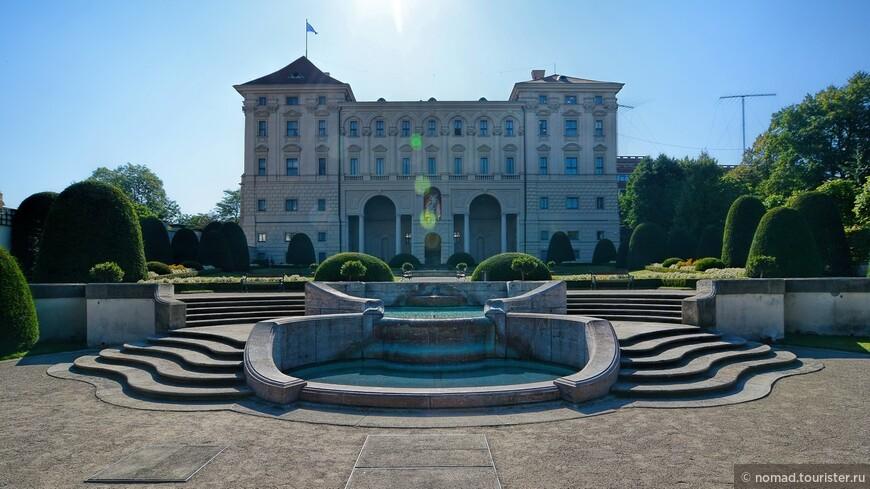 Чернинский сад, Чернинский дворец