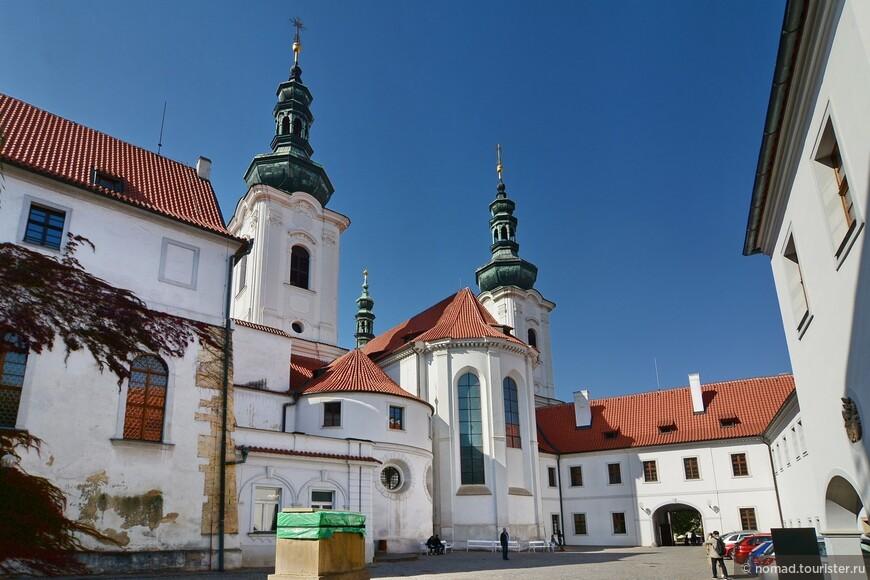 Страговский монастырь, Базилика Вознесения Девы Марии