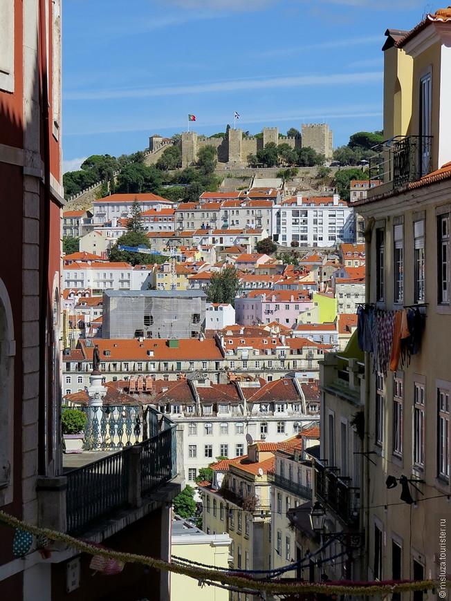 Вид на Замок св. Георгия