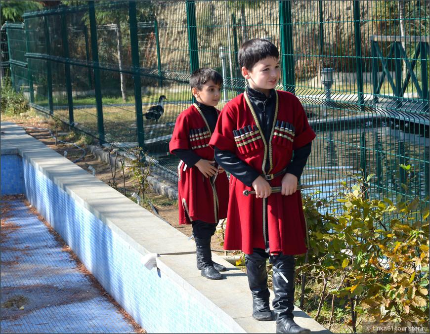 Грузинские детки очень яркие и симпотные.