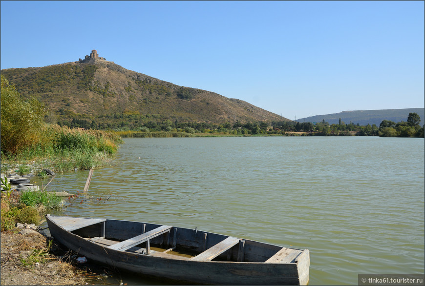 Вид на Джвари со стороны Мцхеты.