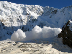 На популярном горнолыжном курорте «Банско» сошла лавина