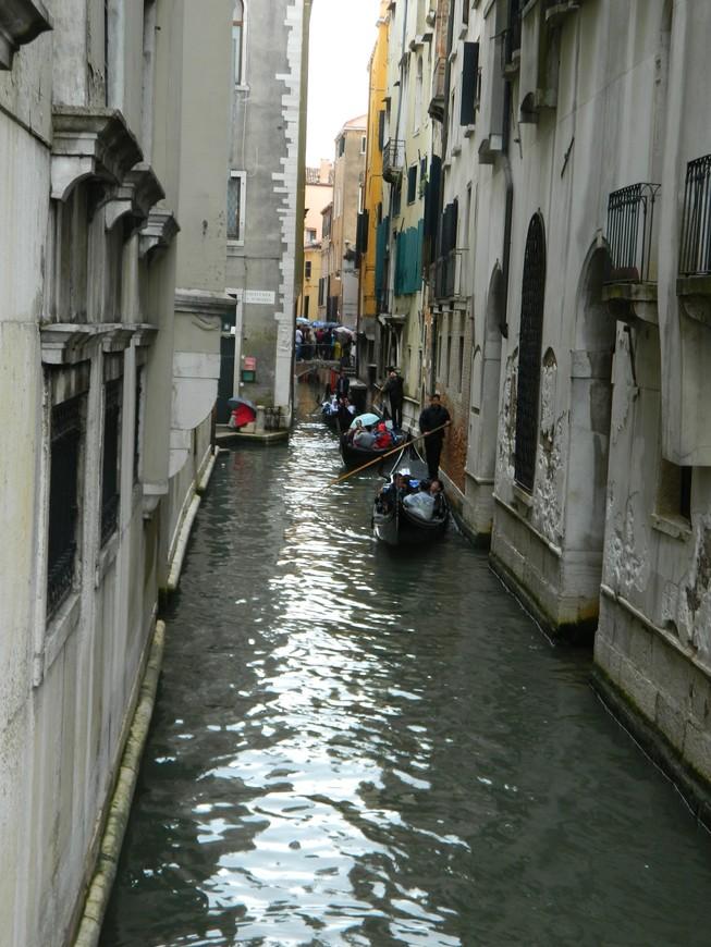 вот она проезжая часть Венеции