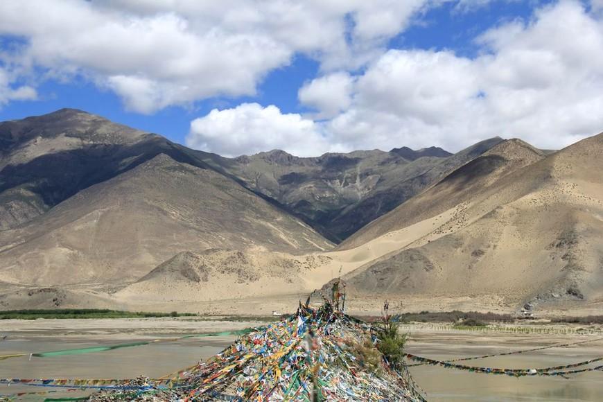 Пейзажи района Шаньнань в Тибете