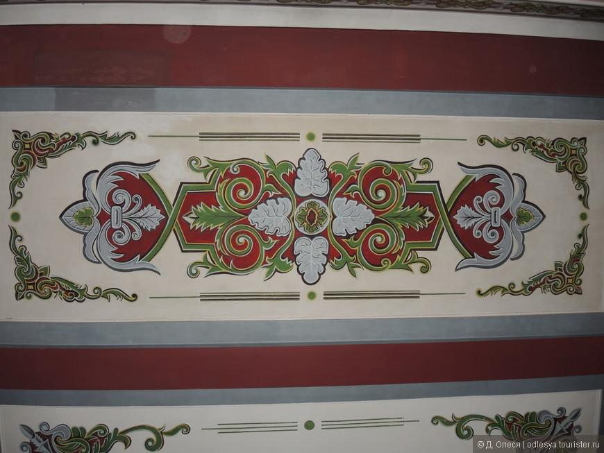 Роспись потолка на ЖДвокзале