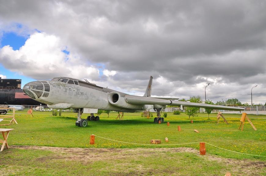 Бомбардировщик Ту-16