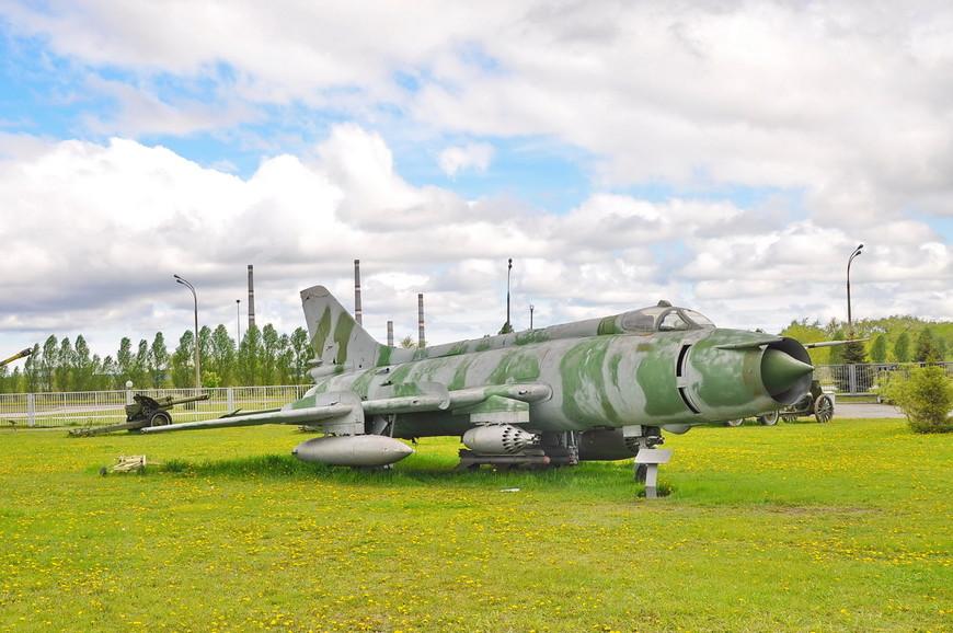 Фронтовой бомбардировщик Су-17М