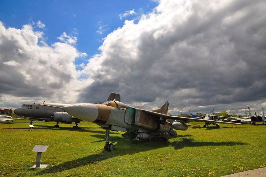 Фронтовой истребитель МиГ-23