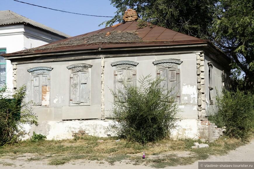 В селе Залиман можно увидеть несколько характерных для этих мест домов.