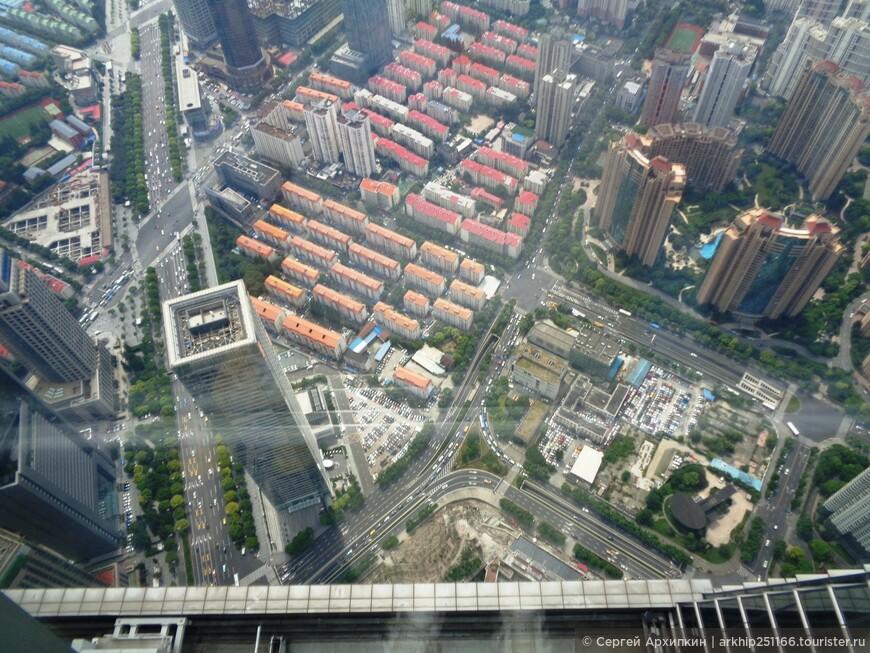 Вид на Шанхай с высоты 400 метров