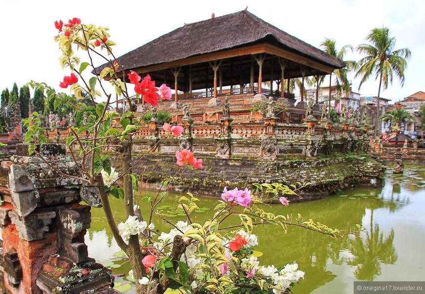 Клунгклунг. Резиденция балийских королей.