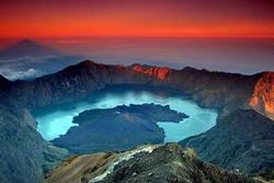 В Индонезии произошли 2 землетрясения магнитудой 6.3 и 6.8