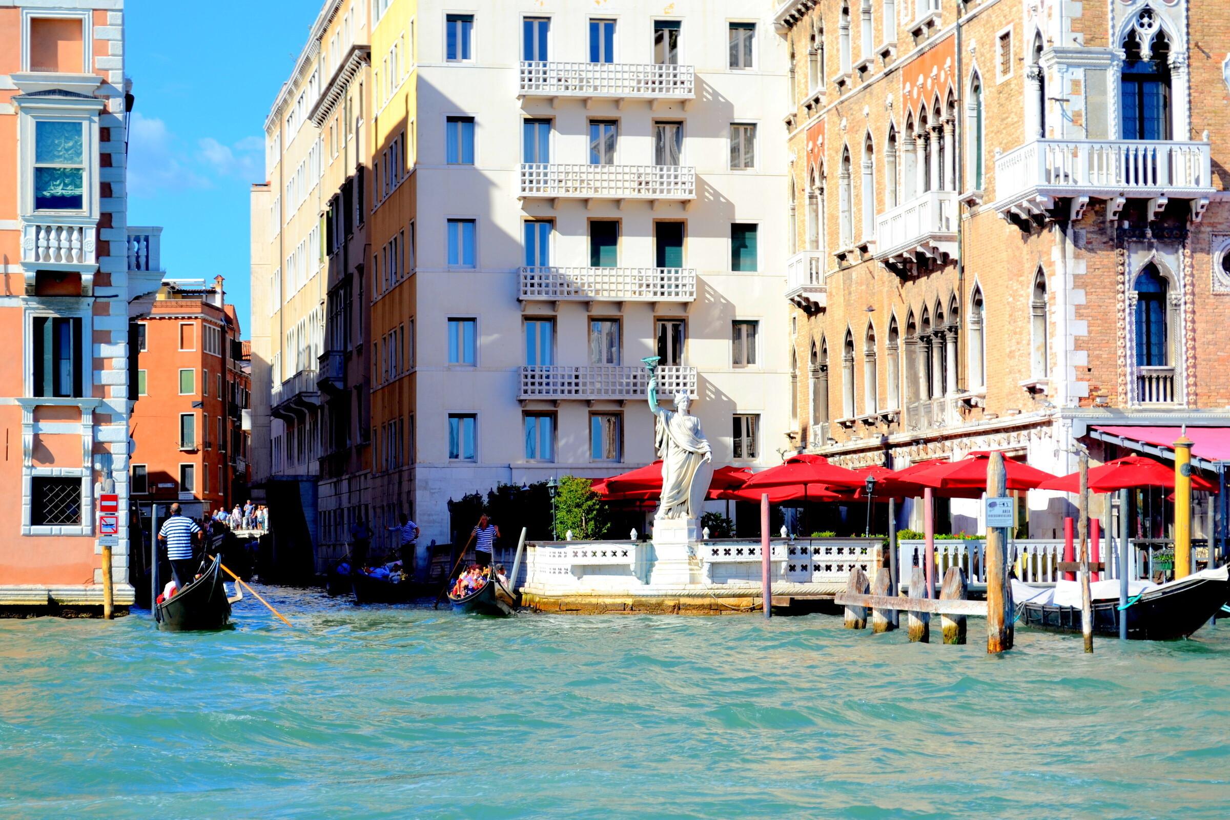 тому венеция реальные фото туристов после