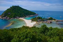 Пляжи тайского курорта Хуа Хин очищены от нефти