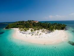 Доминикана заработала на туристической деятельности 10 млн долларов